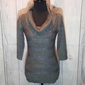 NWT A. Byer Loose Turtleneck Sweater.        008